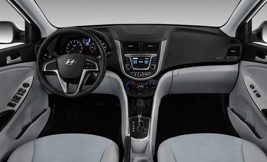 2019 Hyundai Accent Sedan Interior