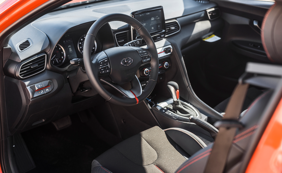 2019 Hyundai Veloster Premium Interior