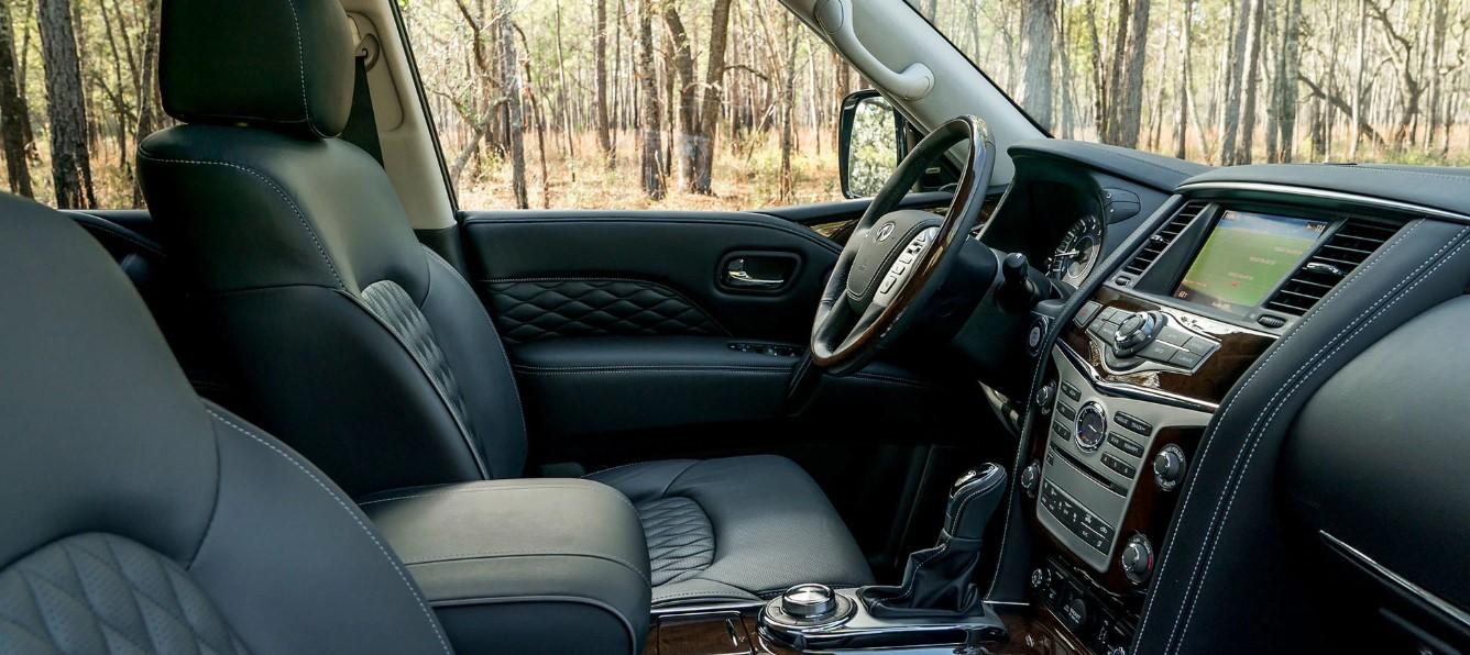 2019 Infiniti Truck Interior