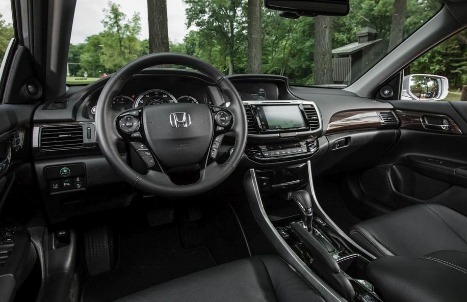 2020 Honda Accord Touring Interior