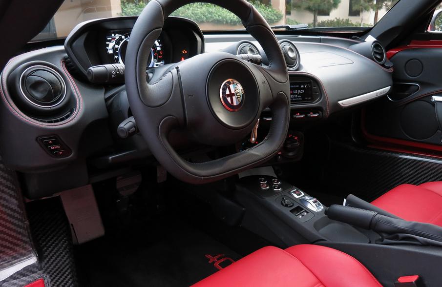 2021 Alfa Romeo 4C Interior