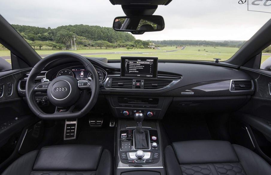 2021 Audi RS7 Interior