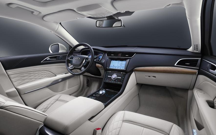 2021 Ford Taurus Interior