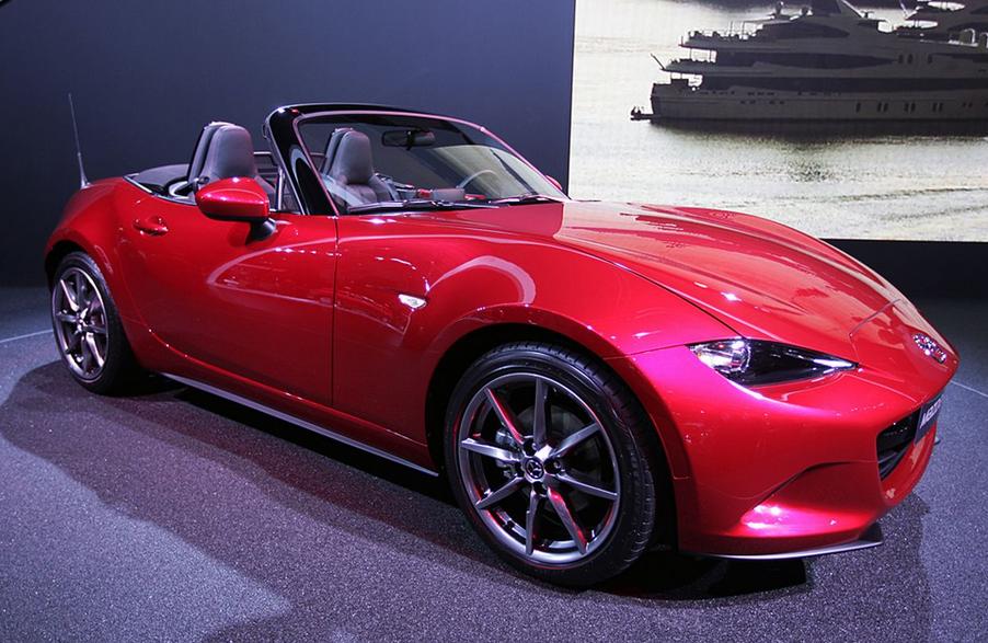 2021 Mazda MX5 Exterior