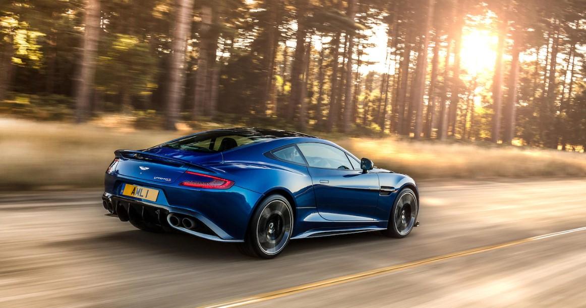 Aston Martin Vanquish S 2020 Engine