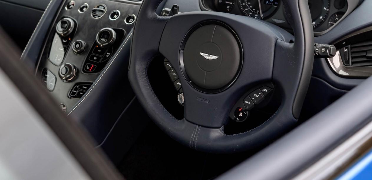 Aston Martin Vanquish S 2020 Interior