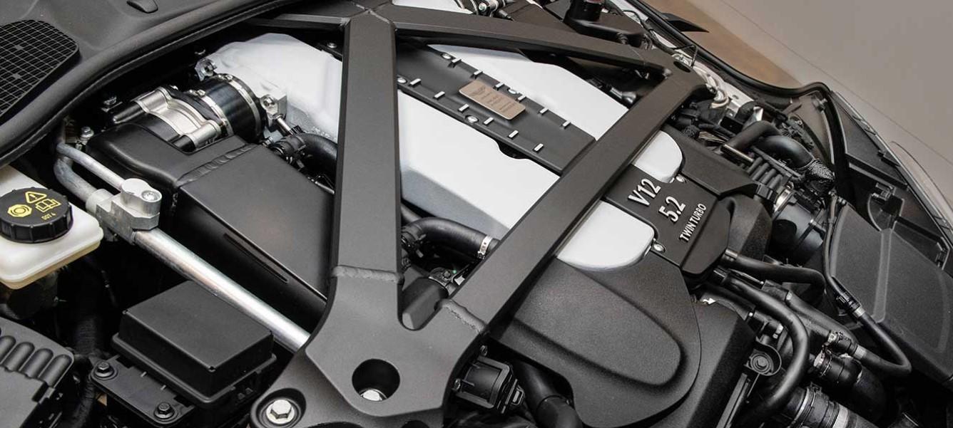 2019 Aston Martin Vanquish Convertible Engine