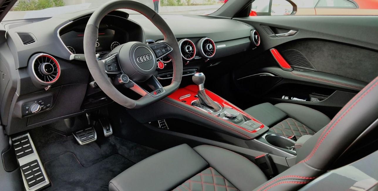 Audi TT 2021 Interior