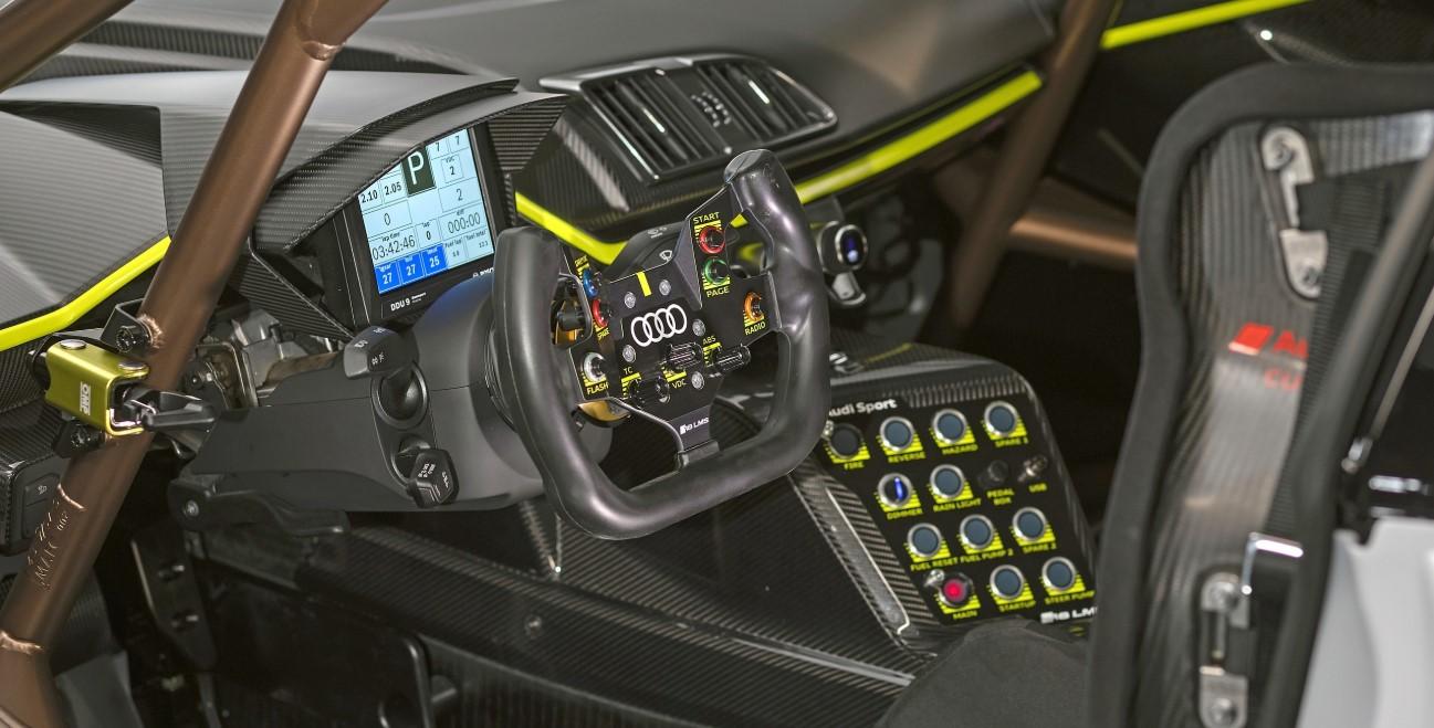 2020 Audi R8 GT Interior