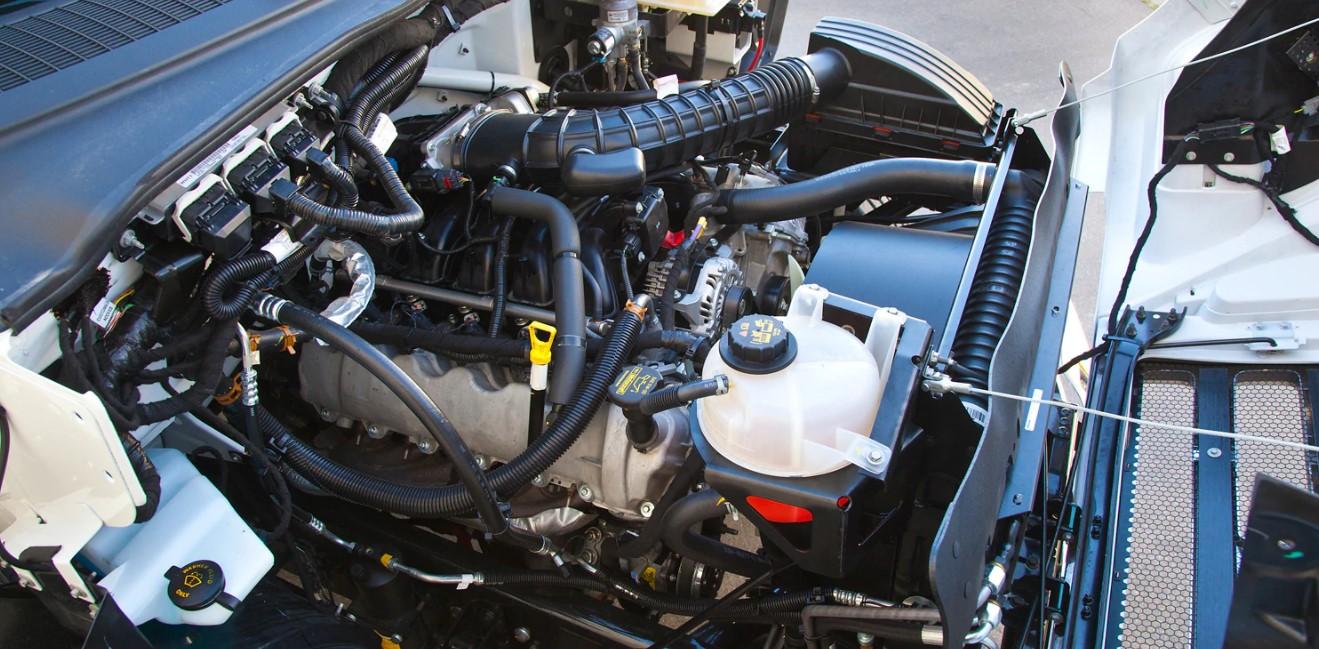 2021 Ford F650 Engine