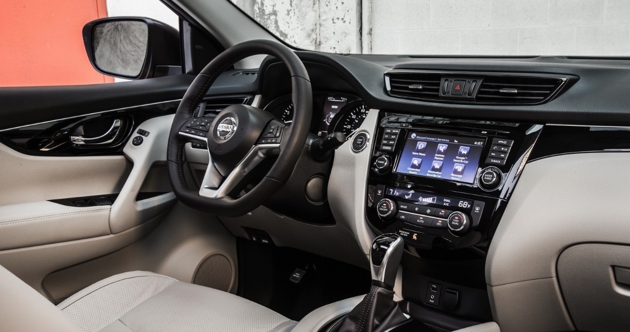 2021 Nissan Rogue Sport Interior
