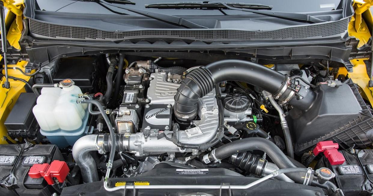 2021 Nissan Titan XD Engine