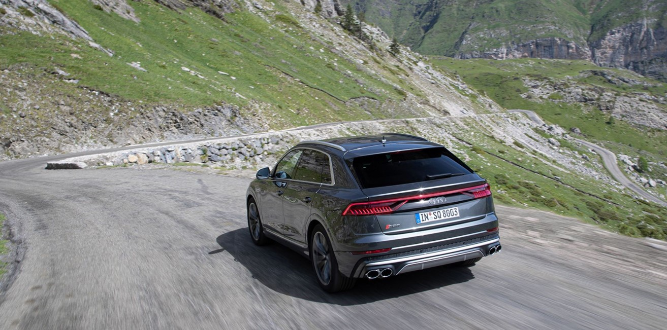 2020 Audi SQ8 Engine