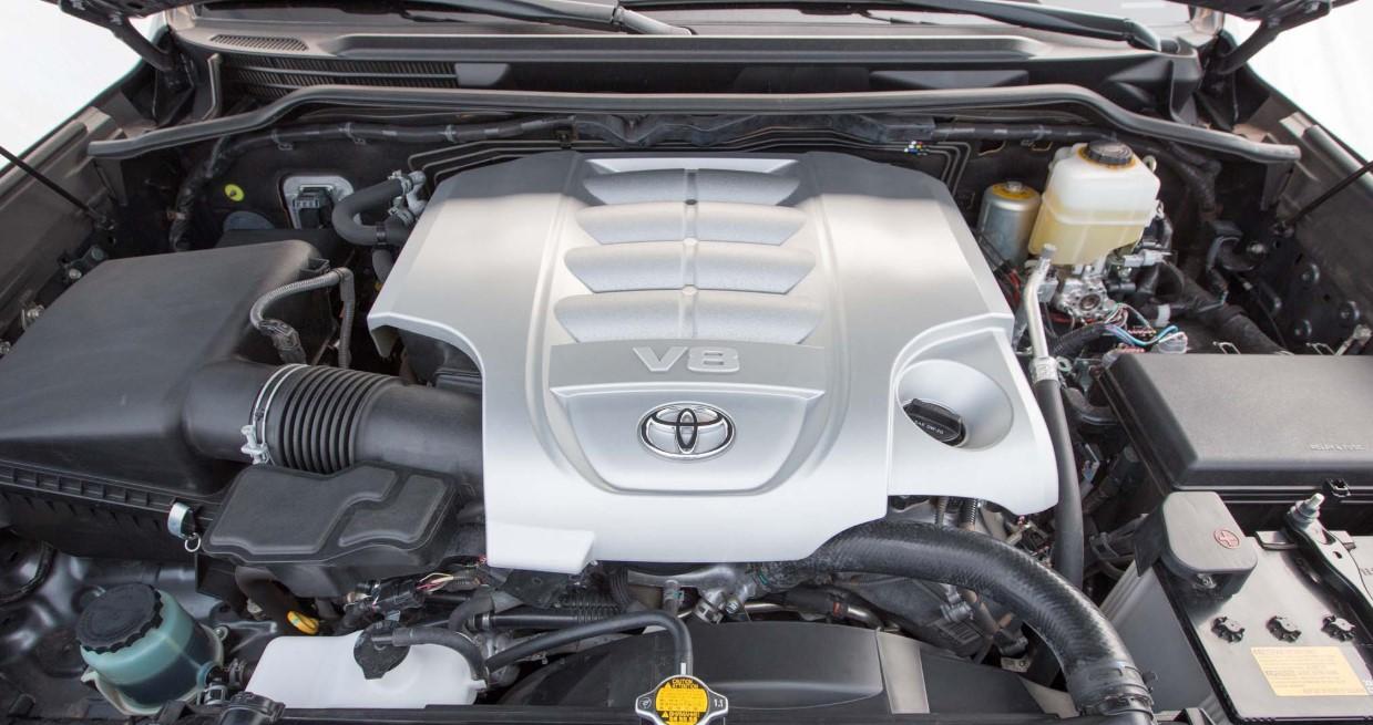 2020 Toyota Land Cruiser Engine