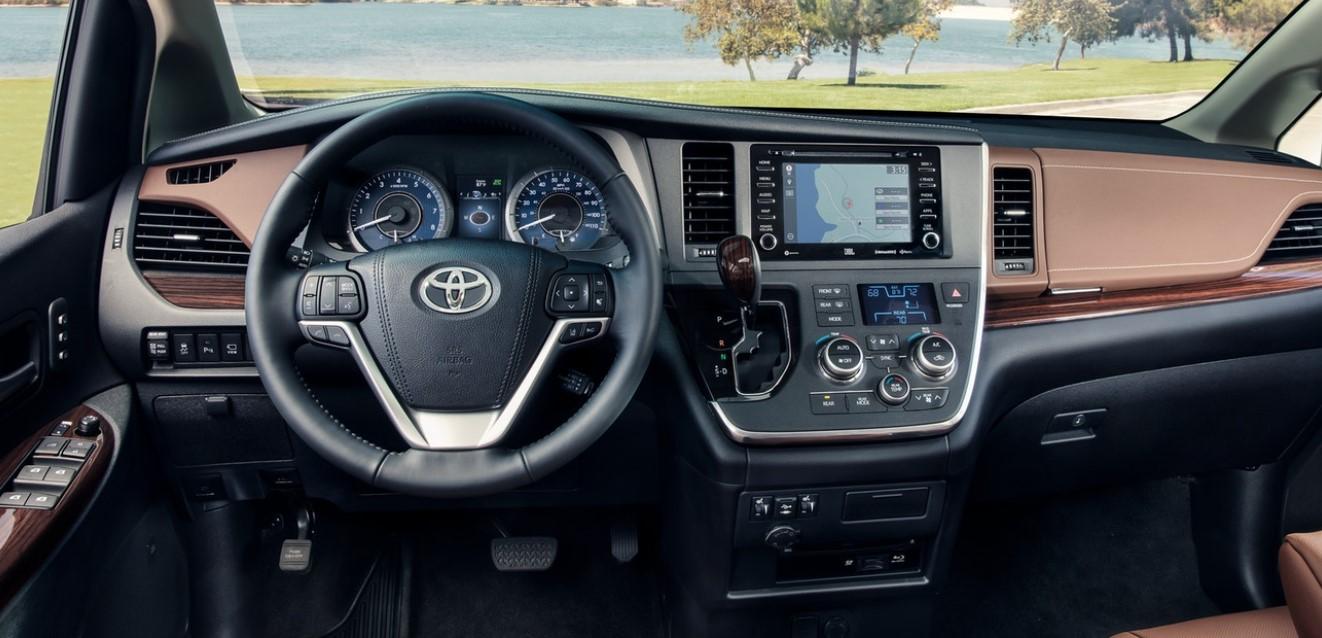 2020 Toyota Sienna XLE Interior
