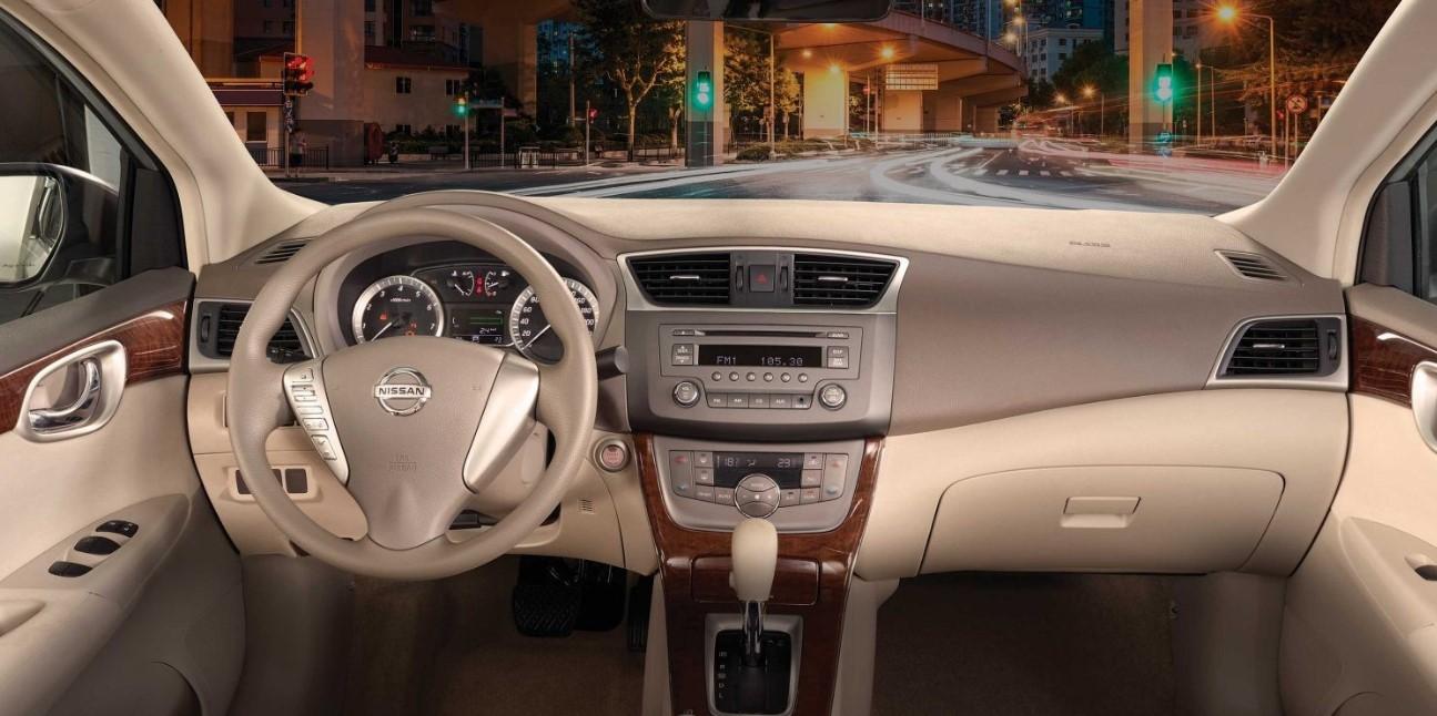 2021 Nissan Sentra Interior