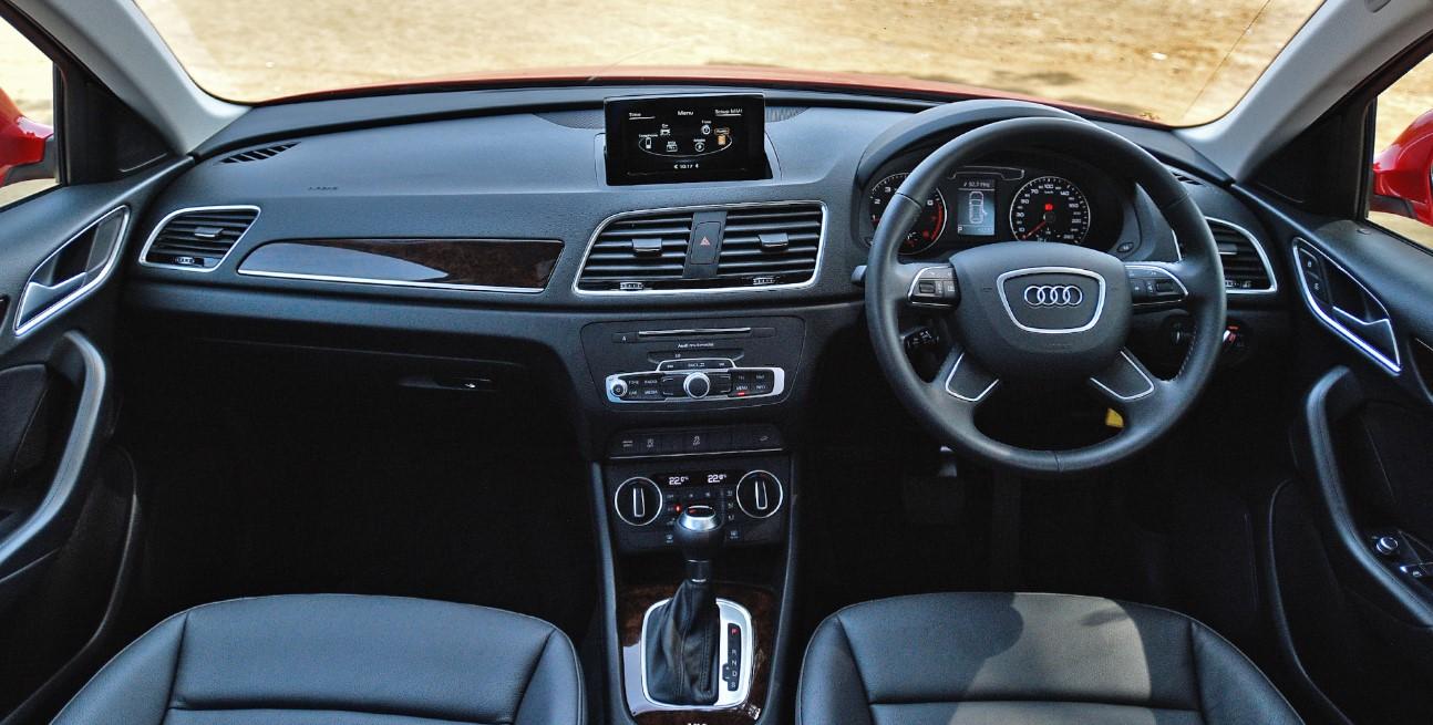Audi Q1 2021 Interior