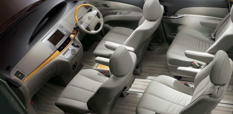 Toyota Estima 2021 Interior