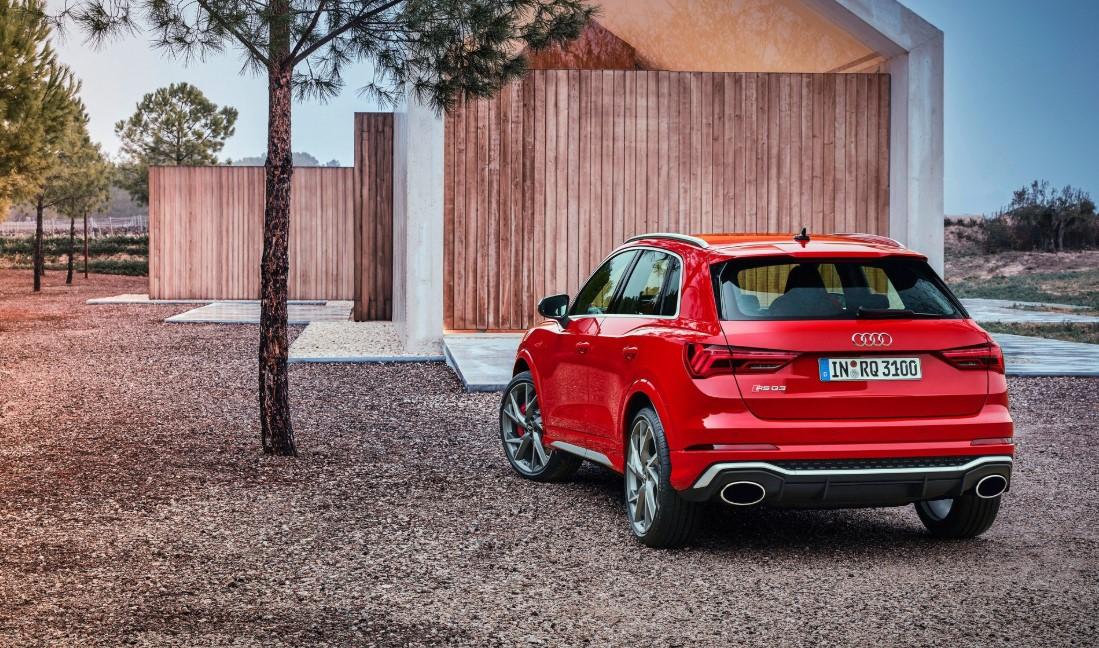 2020 Audi RS Q3 Engine