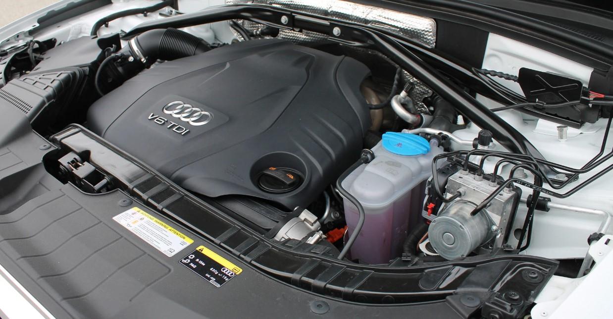 2020 Audi SQ3 Engine