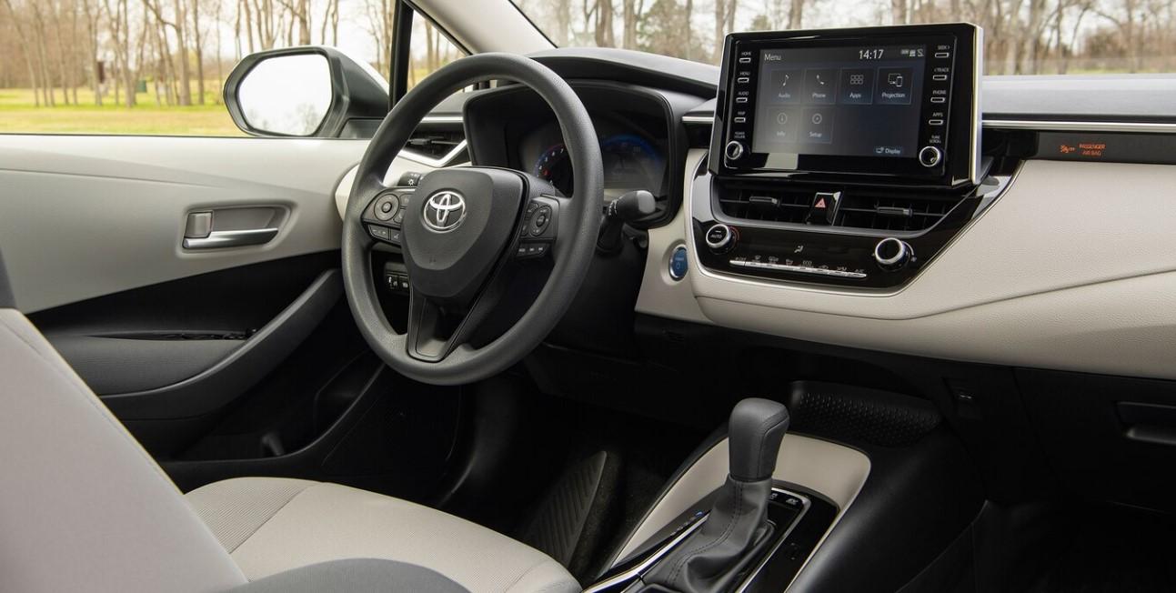 2020 Honda Insight Hybrid Interior