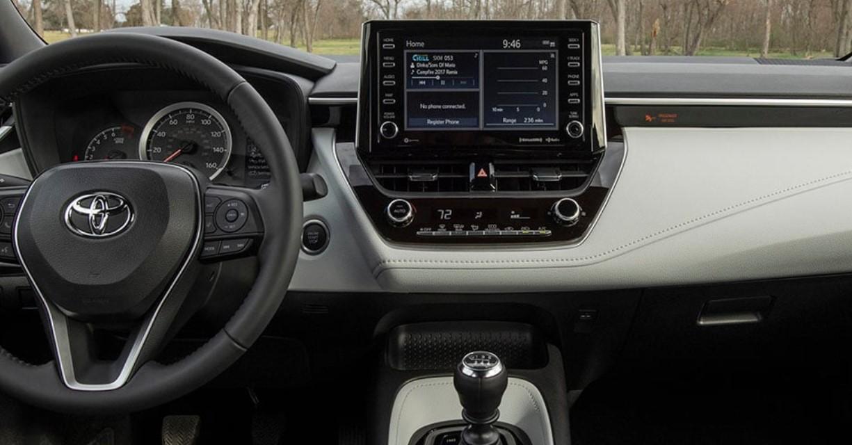 2020 toyota corolla hybrid mpg specs, interior, price