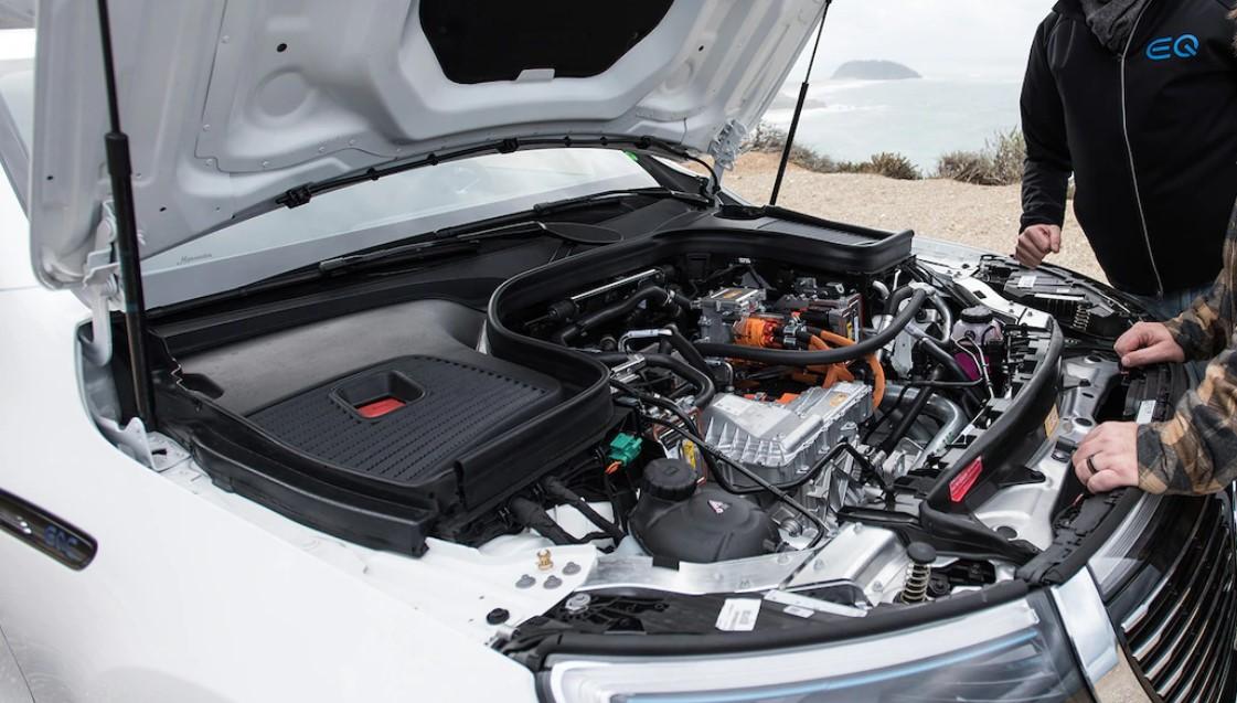 2021 Mercedes-Benz EQC Engine