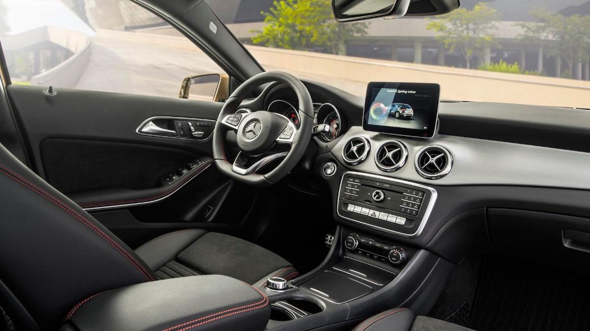 2021 Mercedes Benz GLA Interior