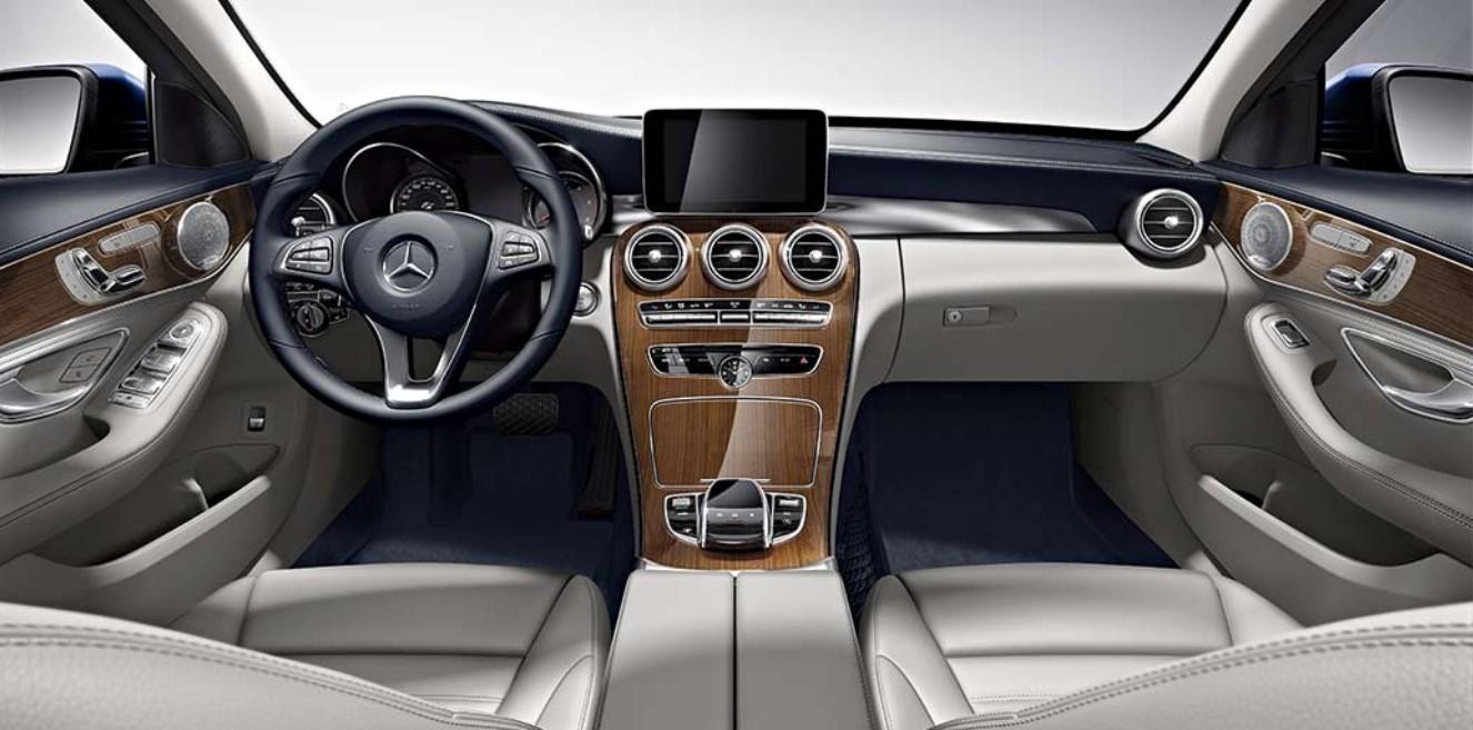 2021 Mercedes C300 Interior