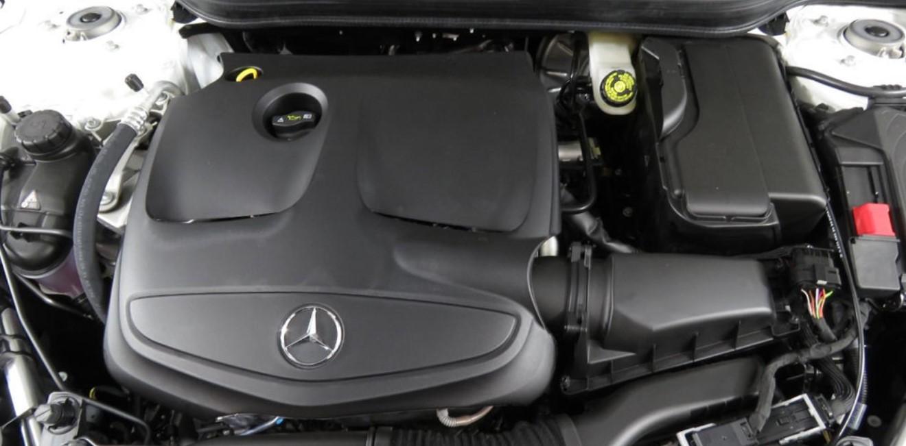 2021 Mercedes GLA Engine