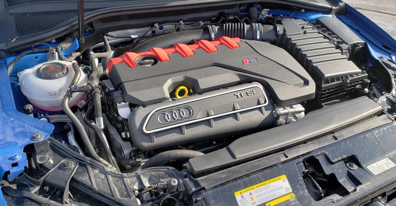 2020 Audi RS3 Engine