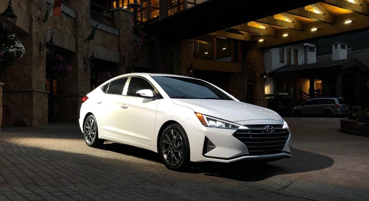 2020 Hyundai Elantra SE Exterior