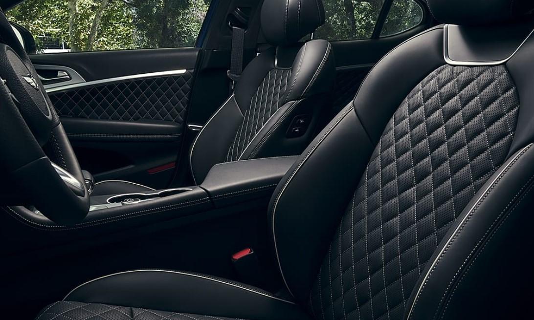 2020 Hyundai Equus Interior