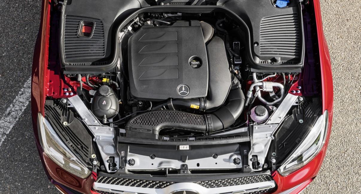 2020 Mercedes Benz GLC Engine