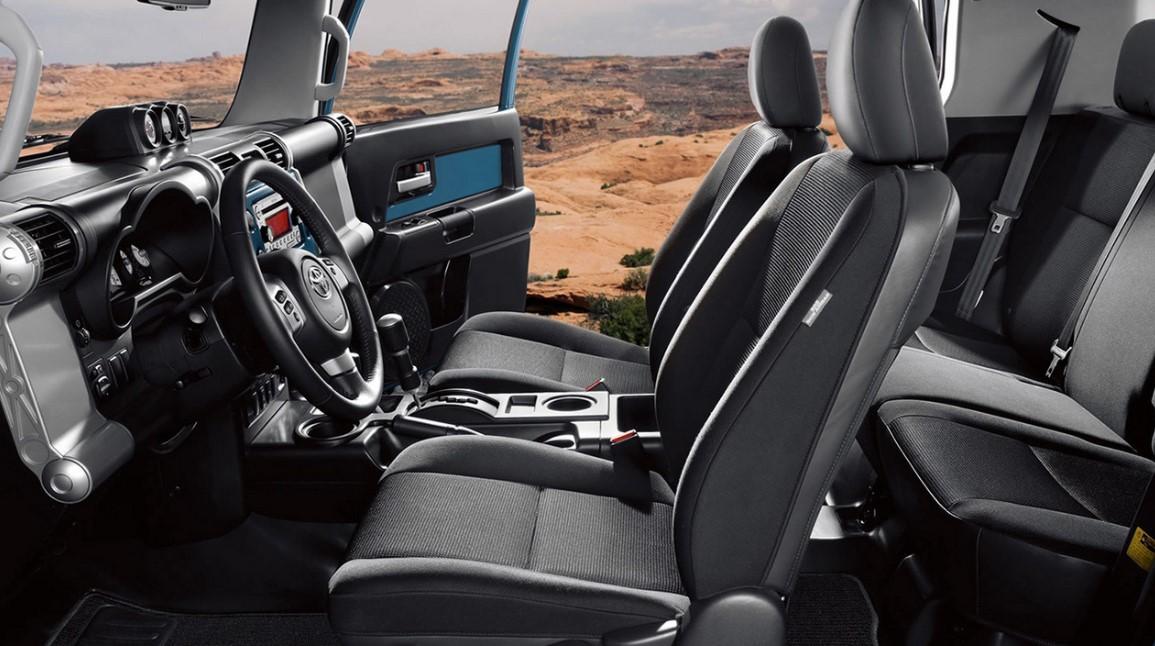 2020 Toyota FJ Interior