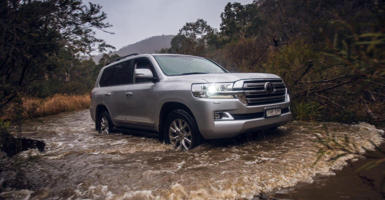 2020 Toyota Land Cruiser 200 Exterior