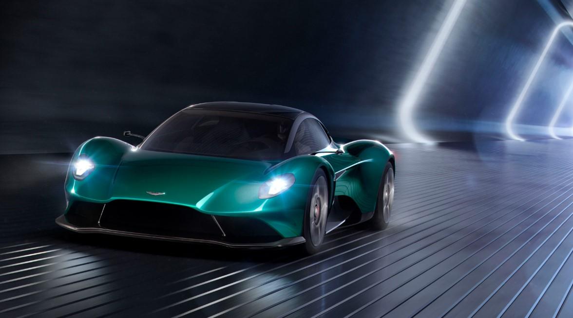 2021 Aston Martin Vanquish Exterior