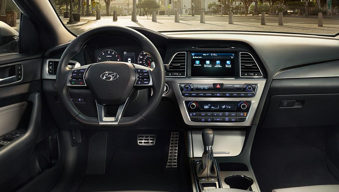 2021 Hyundai Tiburon Interior