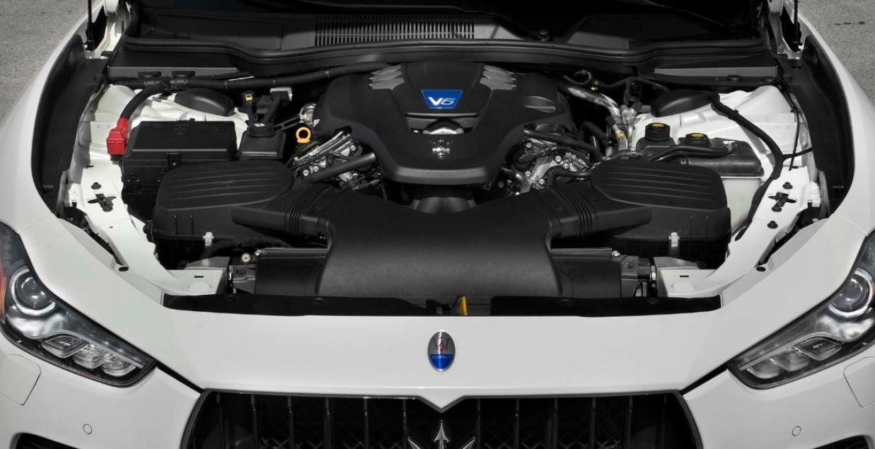 2021 Maserati Ghibli Engine