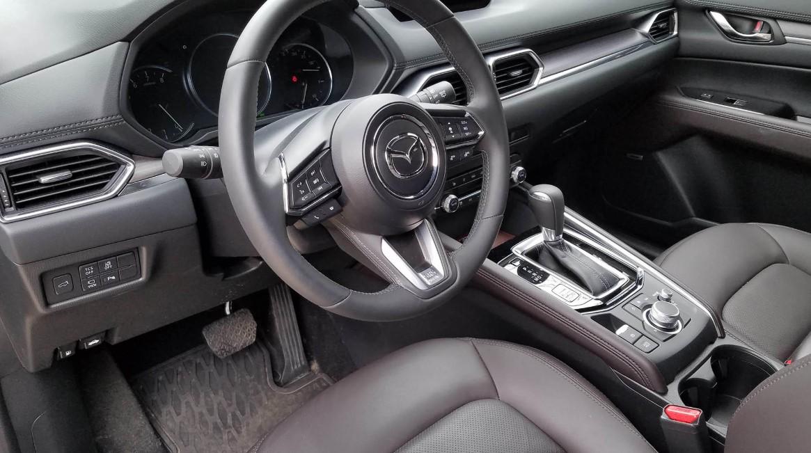 2021 Mazda CX 6 Interior