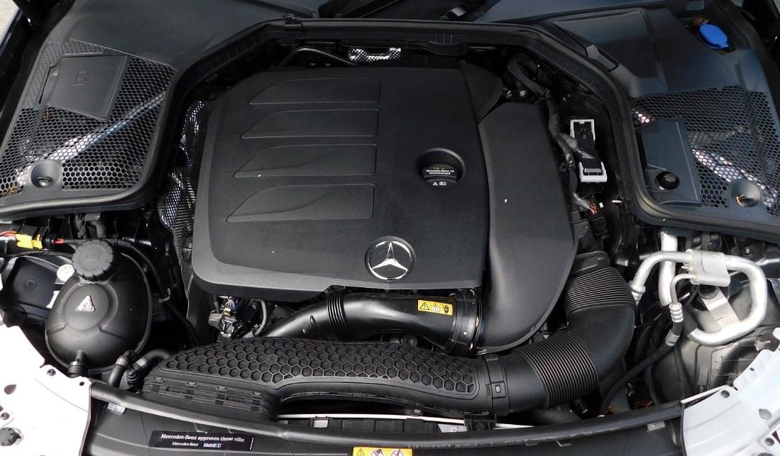 2021 Mercedes C Class Engine