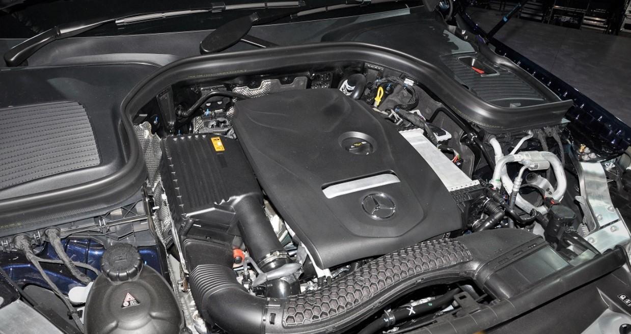 2021 Mercedes GLC Coupe Engine