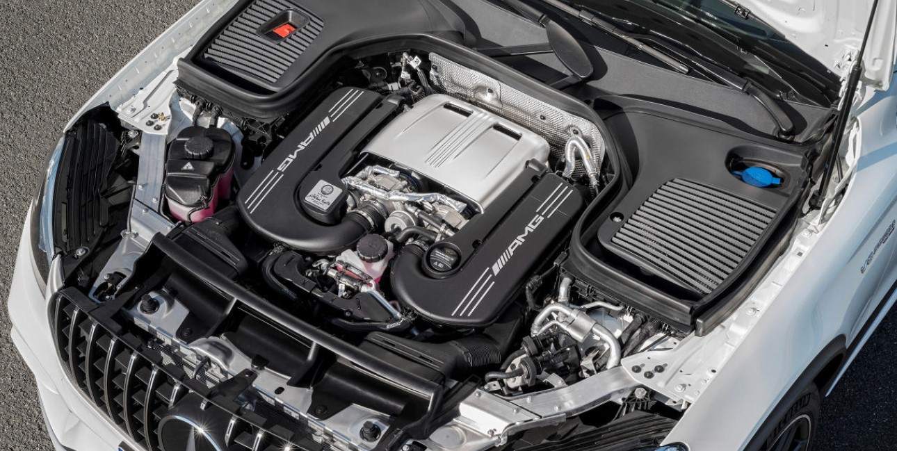 2021 Mercedes GLC Engine