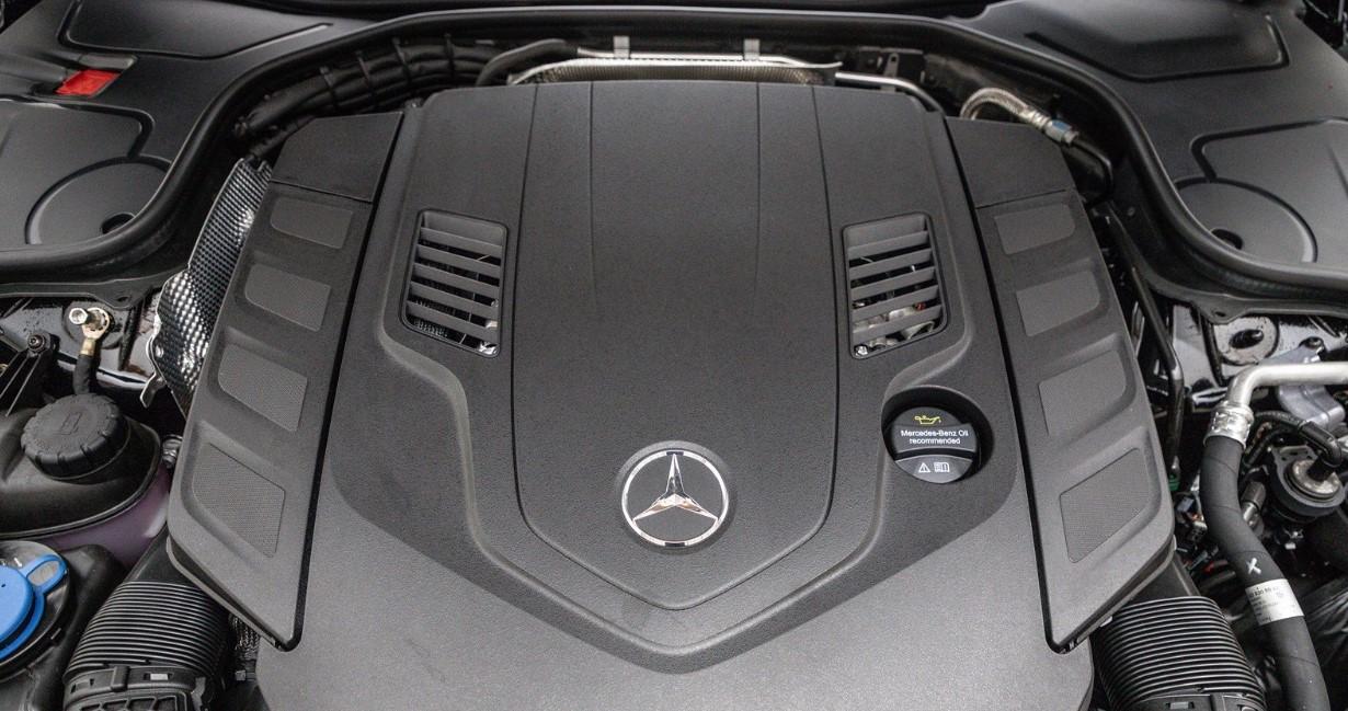 2021 S Class Mercedes Benz Engine