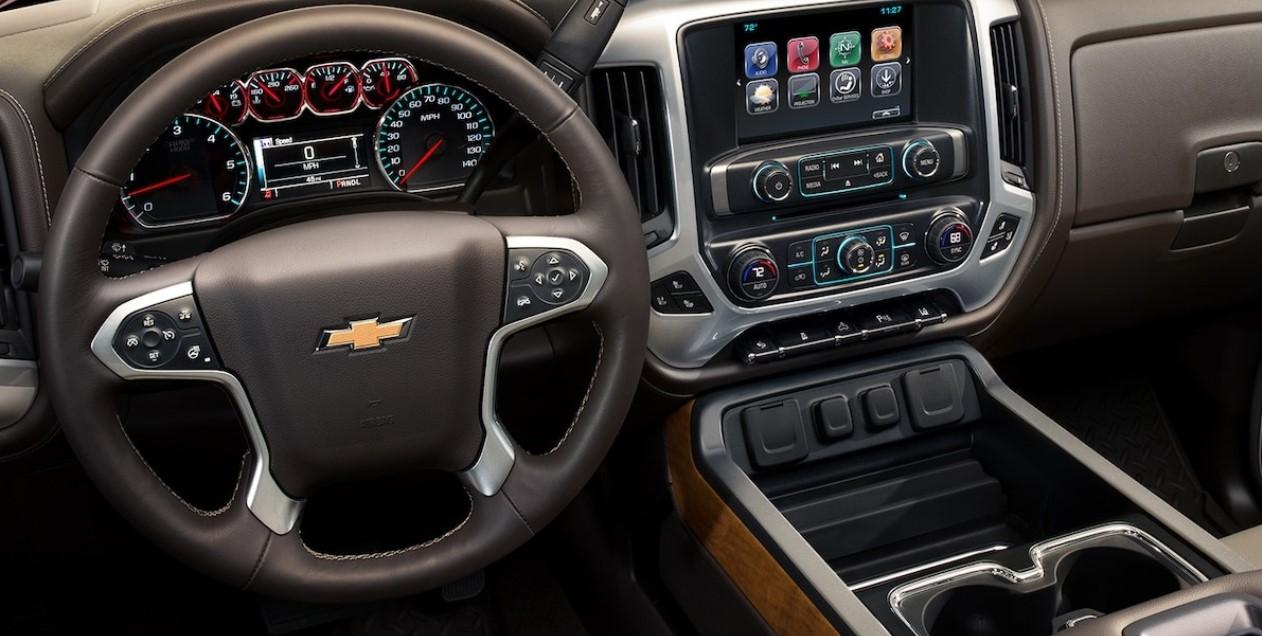 2022 Chevrolet Silverado Interior