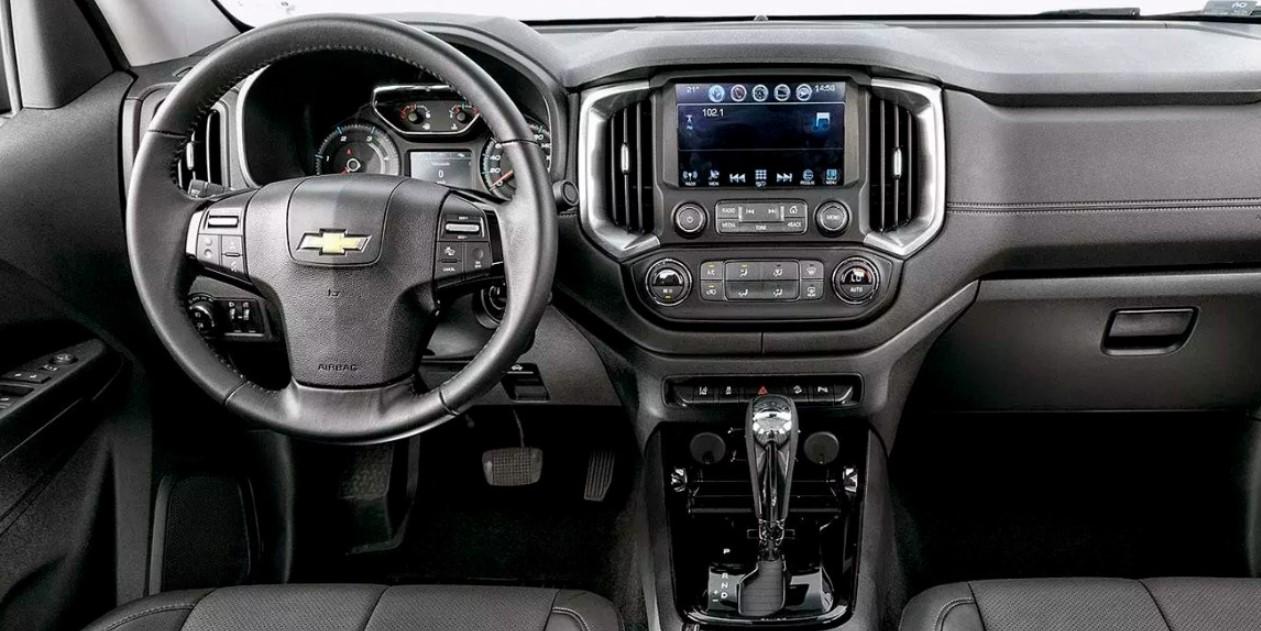 Chevrolet S10 2022 Interior