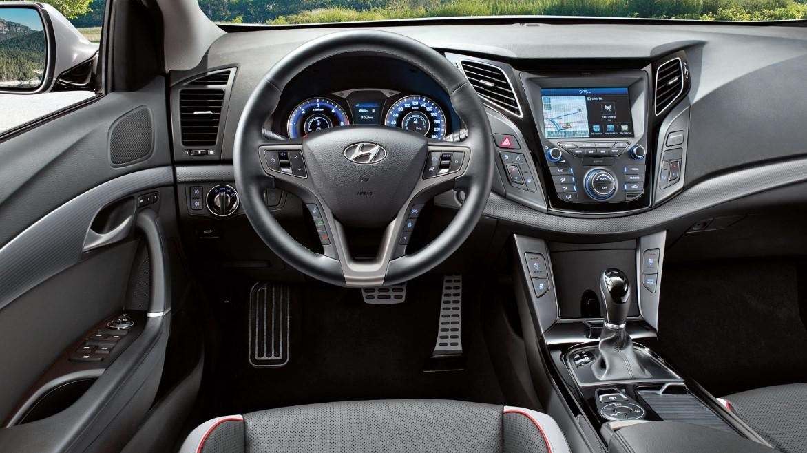 Hyundai I40 2021 Interior