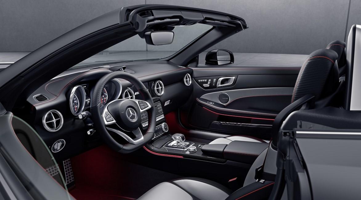 Mercedes SLC AMG 2021 Interior