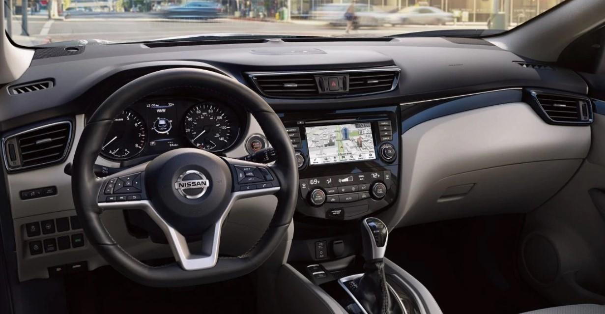 Nissan Rogue Sport 2021 Interior