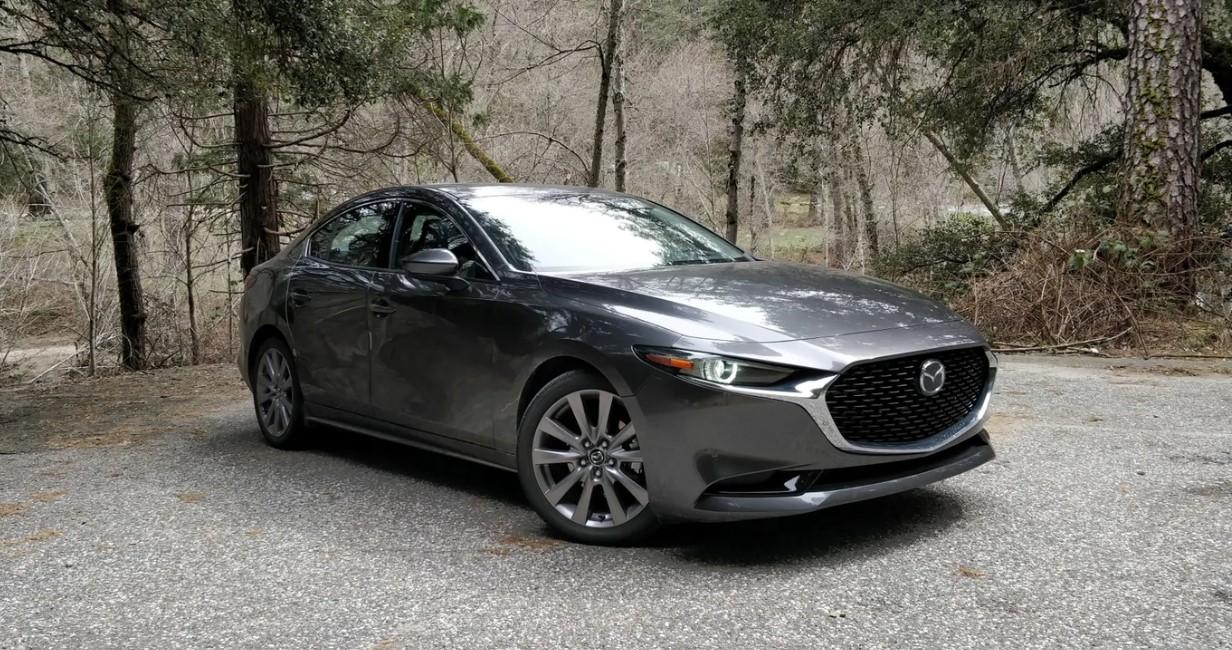 2020 Mazda 3 AWD Exterior